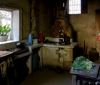 Guanlu village: kitchen in the old house.